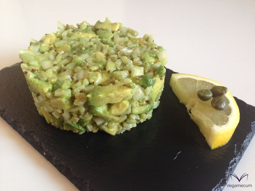 Avocado tartar with brown rice