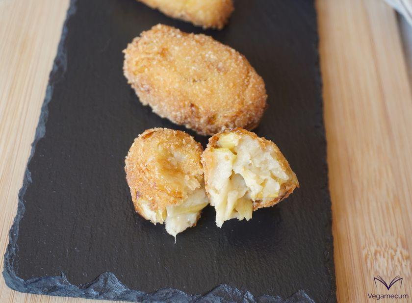 Croquetas veganas de queso y puerro confitado
