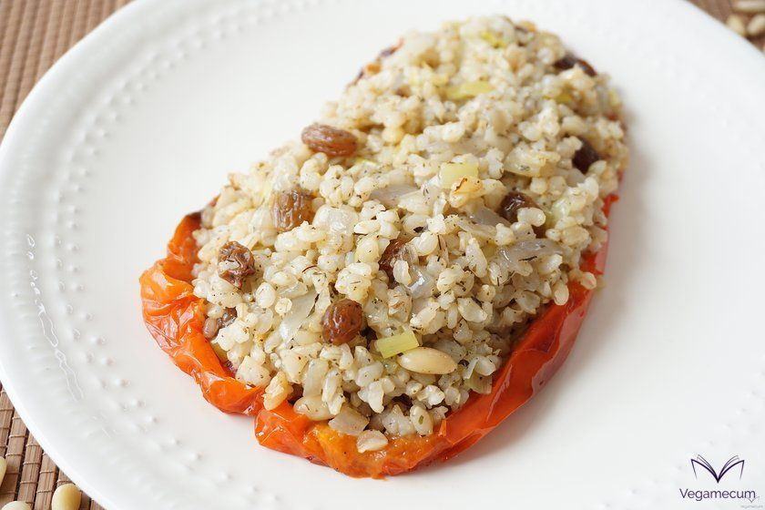 Detail of the peppers stuffed with brown rice, raisins and pine nuts
