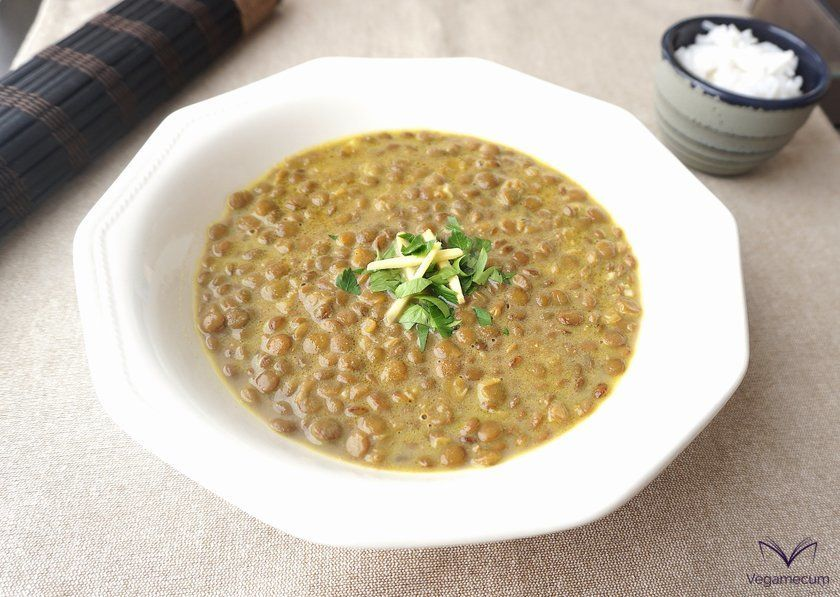 Curry lentils with coconut milk